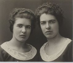 Christine and Lea Papin were the famous French maids who murdered their employers wife and daughter in Le Mans, in 1933. They beat the 2 women to death with a hammer and pewter pot, but also gouged out their eyes with a kitchen knife and their fingers.