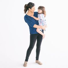 How are we already prepping for the fall/winter 2015 photoshoot for @sollybabywrap?! Time sure does fly when you're having fun. Let's hope I can convince @maxwanger to take another pic of me and my little at the next shoot too