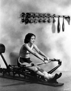 Dorothy Jordan rows c.1932.