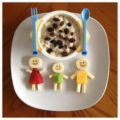 Create these tasty breakfast friends to accompany your little one's breakfast. Just use bananas, strawberry, kiwi, and pineapple, and add smiley faces with a toothpick. Want more fruit? Add a cup of Mott's Applesauce on the side.