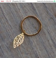 Tiny leaf cartilage earring, gold leaf jewelry, Cartilage ring, tiny leaf hoop, body piercing, 14k gold filled helix ring