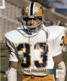 Tony Dorsett, Pittsburgh Panthers,   3× First-team All-American (1973, 1975, 1976) Heisman Trophy (1976) Maxwell Award (1976) Walter Camp Award (1976) UPI Player of the Year (1976) SN College Football Player of the Year (1976) Chic Harley Award (1976) Pittsburgh Panthers #33 retired