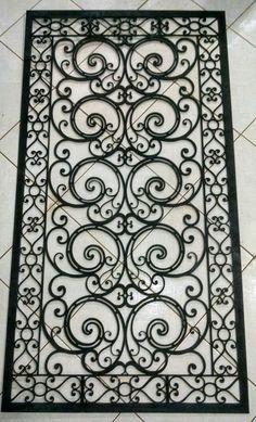 Modelo de grade de ferro decorativa.  Fornecemos sob medidas. Enviamos para todo Brasil . Acesse www.metaller.com.br Solicite seu orçamento