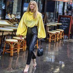 "Street Style Gallery's Instagram profile post: ""@thestreetvibe . . #pfw #streetstyle #fashion #stylish #parisianstyle #fashionweek #moda"" Paris Mode, Fashion Gallery, Parisian Style, Stylish, Clothes, Instagram, Profile, Outfits, User Profile"