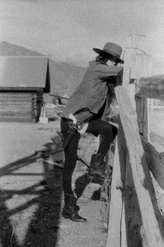 Saddle Tramp, Cowboy Photography, Desert Aesthetic, Black And White Aesthetic, Happy Trails, Old West, Westerns, Shots, Armour Wear