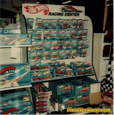 70'S HOT WHEELS STORE DISPLAY