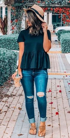 Mode Outfits, Trendy Outfits, Fall Outfits, Fashion Outfits, Womens Fashion, Summer Casual Outfits For Women, Black Summer Outfits, Chic Outfits, Outfits With Dark Jeans