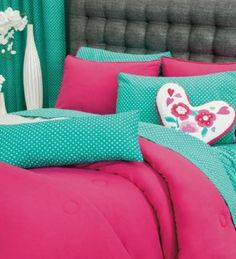 This set will brighten up your room with its style and great color. Also you cab buy twin size set.