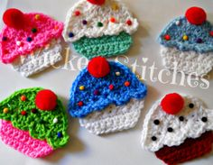 Crochet Cupcake Brooches/Pins By WickedStitches On DeviantART cakepins.com