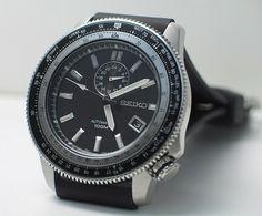 Seiko 4r37 Slide-rule watch