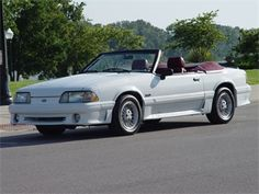 Ford Mustang GT Convertible del 89