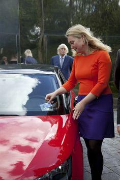 Audi shared fleet is vandaag gepresenteerd in het bijzijn van minister Schultz van Haegen.