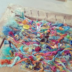 Weaving with flotsam