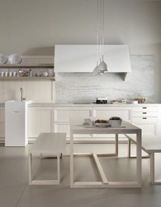 Wooden kitchen BLANCO NATA by Muebles Dica #kitchen #interiors #white #marble