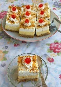 Greek Sweets, Greek Desserts, Party Desserts, Summer Desserts, Greek Recipes, Dessert Recipes, Cookbook Recipes, Cooking Recipes, Greek Cake