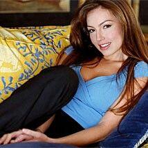 Thalia, Beauty, Singers, Famous Artists, Bebe, Beleza