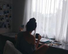 Foto Tumblr | Polaroids Instagram Pose, Slice Of Life, Tumblr Girls, Warm And Cozy, Poses, Polaroids, Vivo, Pictures, Girly