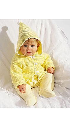 Ravelry: Hooded Baby Jacket (Gilet à Capuchon, Suéter Con Capucha) pattern by Bernat Design Studio. FREE
