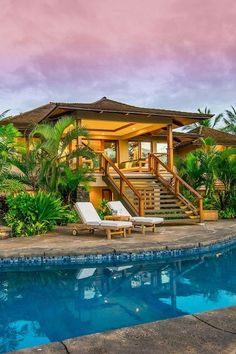 40 Awesome Tropical Beach House Design Ideas - The vast majority's concept of a fantasy house could include something beyond the structure itself. Building a home close to a beach could be an extra. Tropical Beach Houses, Tropical House Design, Beach House Hawaii, Hawaii Houses, Home Design, Design Ideas, Beach Design, Mini Pool, Hawaiian Homes