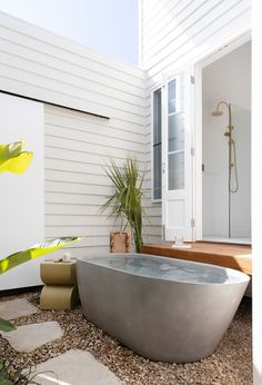 Concrete Freestadning Oasis Bath in French Grey featured within Boutique Luxury Villas located in Burleigh Heads. The Halliday. Photography @Villastyling Concrete Bathtub, Concrete Interiors, Outdoor Bathrooms, Polished Concrete, Reno, Bathroom Interior Design, Decoration, Future House, House Design