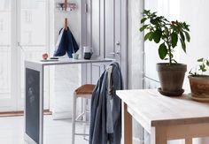 Væghængt klapbord på bagdøren