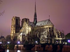 Top 20 Magnificent Churches in the World | Most Beautiful and Impressive Cathedrals, Temples and Mosques - Foto Gallery of Sacred Destinations on OrangeSmile - Beautiful Notre Dame