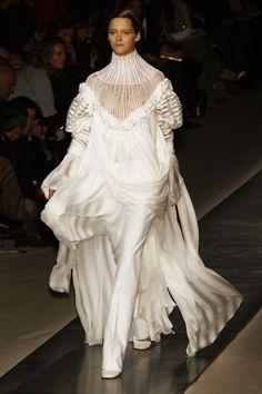 Givenchy - Spring 2002