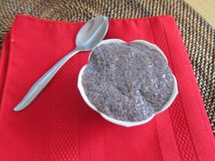 chocolate chia seed pudding - this may be my new favorite breakfast