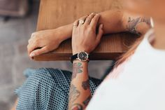 Η εβδομάδα ξεκίνησε - μη σε σταματήσει τίποτα! #seize_the_day Wood Watch, Watches, Accessories, Shopping, Fashion, Wooden Clock, Moda, Wristwatches, Fashion Styles