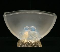 VERLYS OPALESCENT ART GLASS VASE WITH LOVEBIRDS