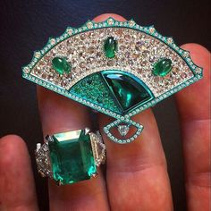 @luca.a.busatti. Finally!!! Ready to start DJWE 2017!! Emerald and diamond rings from our high-jewelry collection @busattimilano @alfardanjewelry @djweofficial #djwe2017 #qatar
