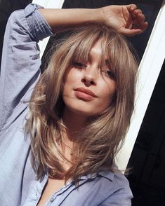Curtain-bangs-hairstyle-trend-blond-hair-hairstyle-ideas-min In regards to sleeping quarters design concepts, several things take middle stage. Blonde Hair With Bangs, Bangs With Medium Hair, Blonde Hair Black Eyebrows, Medium Hairstyles With Bangs, Short Hair With Bangs For Round Faces, Black Hair Bangs, Oval Face Bangs, Thin Bangs, Medium Length Wavy Hair