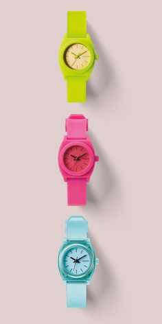 35410eec6fb2 Nixon. Color your hand with the Small Time Teller Relojes De Mujeres