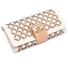Wolf Chloe Jewelry Roll - Cream (790 DKK) ❤ liked on Polyvore featuring home, home decor, jewelry storage, cream, jewellery roll, jewelry roll, jewellery box, leather jewelry roll and leather jewellery box