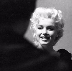 Marilyn Monroe by Ed Feingersh. Un precioso ángel.