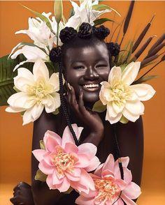Coiffure cheveux afro crépus naturels