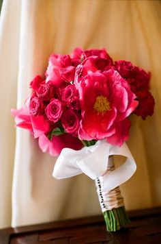 pink wedding bouquet | pink wedding ideas | Frame 36 Photography