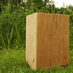 Mein neuer Nachttisch? Holzklotz Hocker Eiche 45cm Höhe