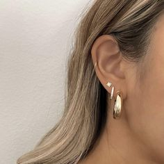 Ear Piercings Chart, Pretty Ear Piercings, Types Of Ear Piercings, Multiple Ear Piercings, Triple Ear Piercing, Upper Ear Lobe Piercing, Second Piercing, Ear Jewelry, Jewlery