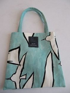 刺し子トートバッグ自作 Patchworked fabric bag with Sashiko stitching. Jute Bags, Linen Bag, Shopper Bag, Cotton Bag, Cloth Bags, Handmade Bags, Fashion Bags, Purses And Bags, Fabric Stamping