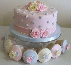 shabby chic cake. Birthday girls cake, cupcakes for guests