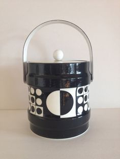 Retro Ice Bucket in Op Art Abstract Black White Pattern / Mod Bar Wear Mad Med Style / Great for Mod / Modern / Abstract /  Polka Dots Decor