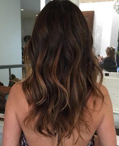 Balayage hair color ideas to give a new look. Top Balayage hairstyles for natural dark long black hair. Blonde and dark hair color ideas. Balayage hairstyle ideas for longer dark hair color. Top best hairstyles with dark black hair color ideas. 2015 Hairstyles, Cool Hairstyles, Brunette Hairstyles, Casual Hairstyles, Medium Hairstyles, Braided Hairstyles, Hot Hair Colors, Hair Colour, Ombre Color