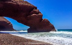 #Strand #Legzira #Beach bei #Agadir, #Marokko © Katharina Suchodolska