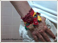 Artes da Lori: Braceletes de Crochê