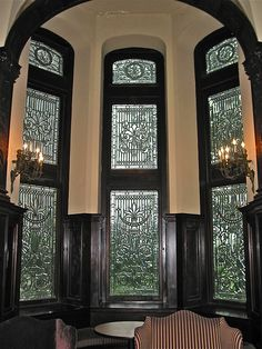 Grey Towers Castle – Stained-glass tower windows by Origamidon, Leaded Glass Windows, Stained Glass Panels, Stained Glass Art, Mosaic Glass, Victorian Interiors, Victorian Homes, Beautiful Architecture, Architecture Details, Luxury Rooms