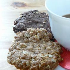 Zabpelyhes keksz Recept képpel - Mindmegette.hu - Receptek Oatmeal, Paleo, Food And Drink, Sweets, Healthy Recipes, Snacks, Cookies, Breakfast, Minden