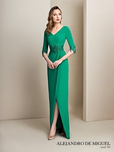 Gala Dresses, Evening Dresses, Wedding Dresses, Mother Of Bride Outfits, Mother Of The Bride, Mod Dress, Classy Dress, Elegant Dresses, Green Dress