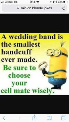 Ja det er jo ligesom for sent nu :) Minion Jokes, Minions Quotes, Funny Minion, Funny Signs, Funny Jokes, Hilarious, Funny Wedding Cards, Wedding Jokes, Wedding Band