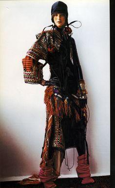 fall / winter style inspiration: Wild and Wild Mario Testino Editorial – Italian Vogue Oct 2002